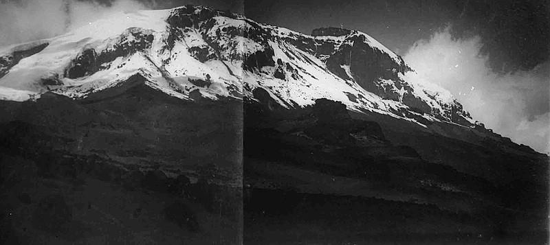 1906 - West-Bresche am Kibo mit Großem und Kleinem Penck Gletscher