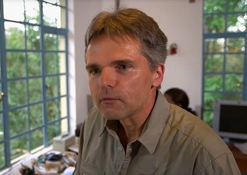 <small>Dr. Andreas Hemp in der arte-Doku *Auf Expeditionsreise durch Tansania - Die Klimawelt des Kilimandscharo*</small>