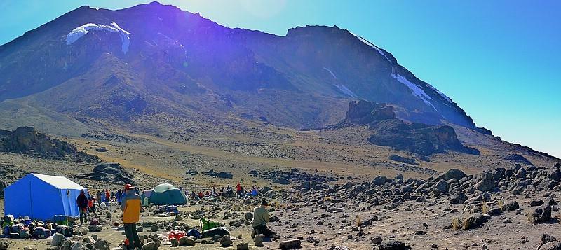2014 - West-Bresche am Kibo ohne Großem und Reste vom Kleinem Penck Gletscher