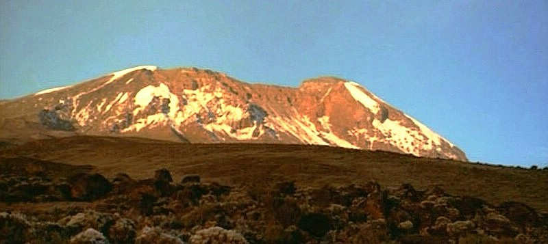 2000 - West-Bresche am Kibo mit Kleinem Penck Gletscher