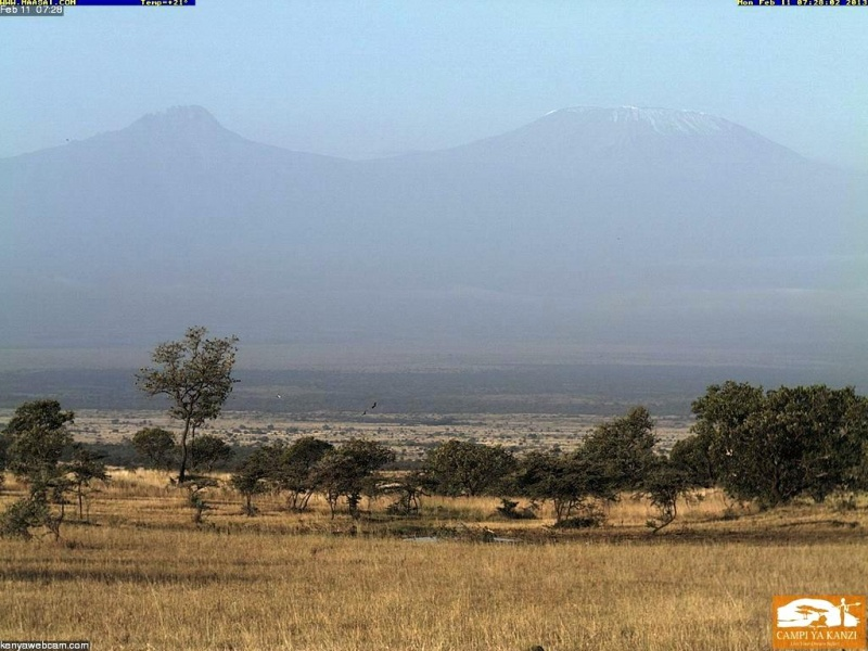 Datei:2013 02 11 Kilimanjaro Webcam Chyulu Hills.jpg